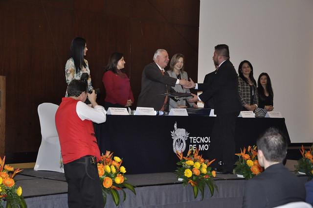 Segunda ceremonia de graduación de UNIMINUTO y el TEC de Monterrey para el 2018
