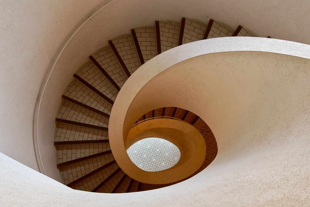 The spiral staircase | Rob Oo | Flickr