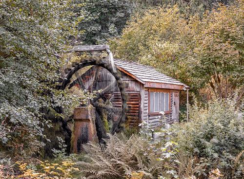 mill water watermill forrest wheel creek uniongap union gap waterbrook resort washington visit art scene mood canon eos 5dsr dusk color landscape