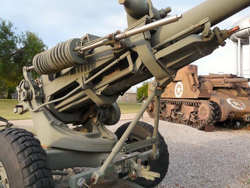 M119 105mm Howitzer 7