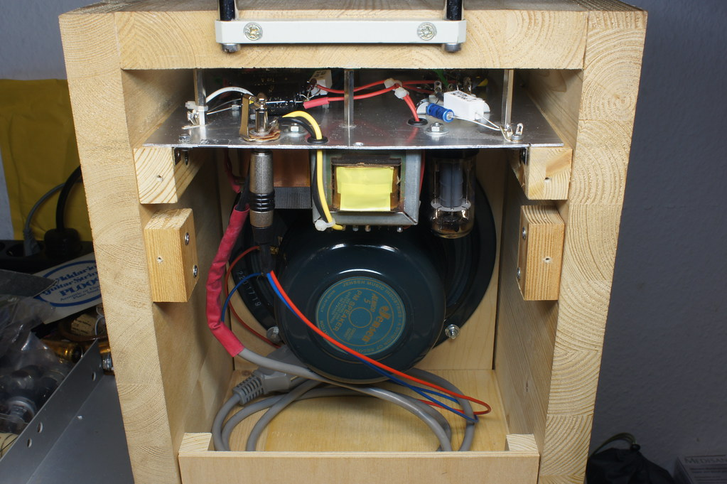 Fender Champ 5C1 Clone | Put the amp chassis back into the c