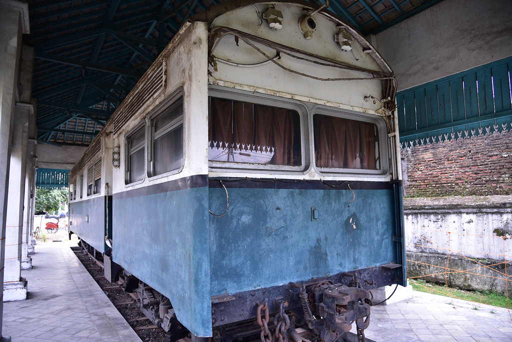 A line from Surakarta/ Solo main train station used to lea… | Flickr