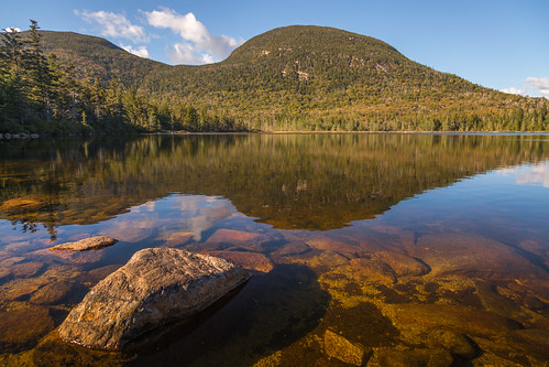 lincolnnh whitemountains canoneos5dmarkiv ef24105mmf4lisusm cannonmountain newhampshire nh mountainlake lake rocks roca rocas piedra lago sunset evening tardes reflection franconiagap park