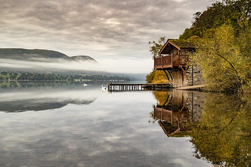 boathouse ullswater lakedistrict lake water reflection reflections mist dawn nature