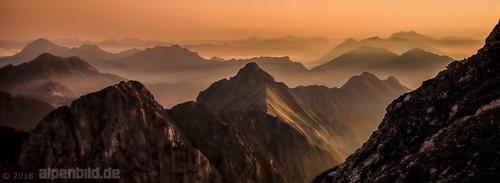 d800 d800e nikond800e nikon achensee alpen alpenbildde alpin alpine alps austria berg berge eng fog foggy fullframe fx karwendel landscape landschaft morgen morgens morning mountain mountains natur nature nebel neblig pertisau risstal sommer sonnenaufgang summer sunrise tirol topaz tyrol vollformat österreich 全画幅数码单反相机 大自然 奧地利 尼康 山 山区 日出 景观 蒂罗尔州 阿尔卑斯山 雾
