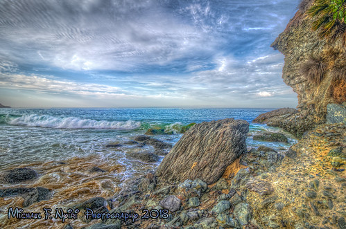 lagunabeach 1000stepsbeach rocks rockyshore ocean pacificocean sky clouds orangecounty