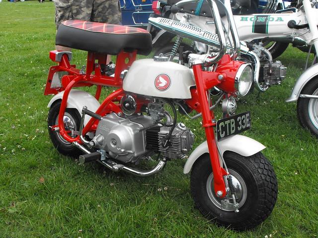 Honda MonkeyBike - CTB 33E (2)