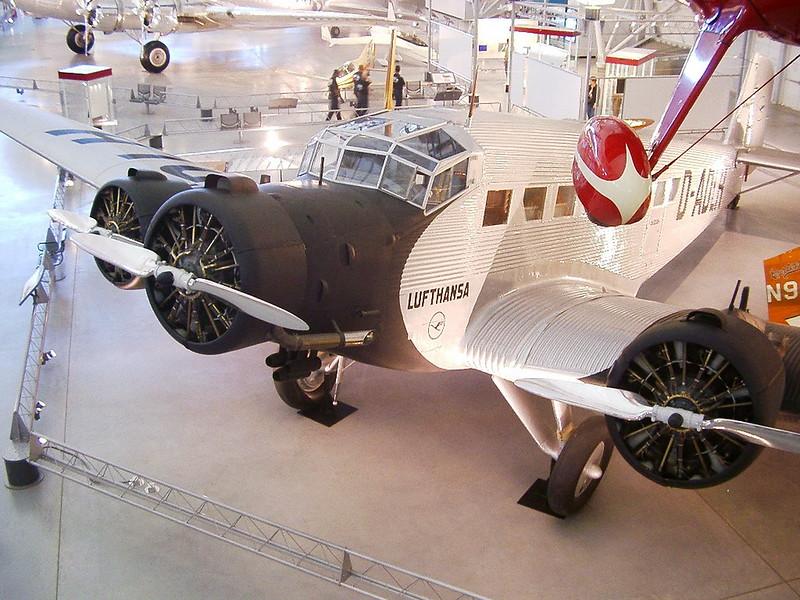 Junkers Ju-52 33