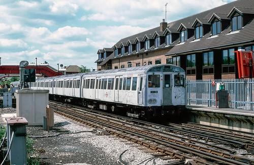 5000 typea60 a60 londontransport surfacestock amersham amershamstation metropolitanline