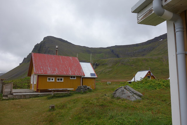 Old houses still in use in Hlöðuvík. In the background is the pass I came down from.