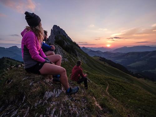 suisse switzerland schweiz fribourgregion fribourgrégion lagruyère jaun été sommer summer préalpes voralpen prealps alpes alpen alps montagne mountains berge colduloup wandern randonnée hiking leverdesoleil sonnenaufgang sky himmel ciel sunrise landschaft paysage landscape