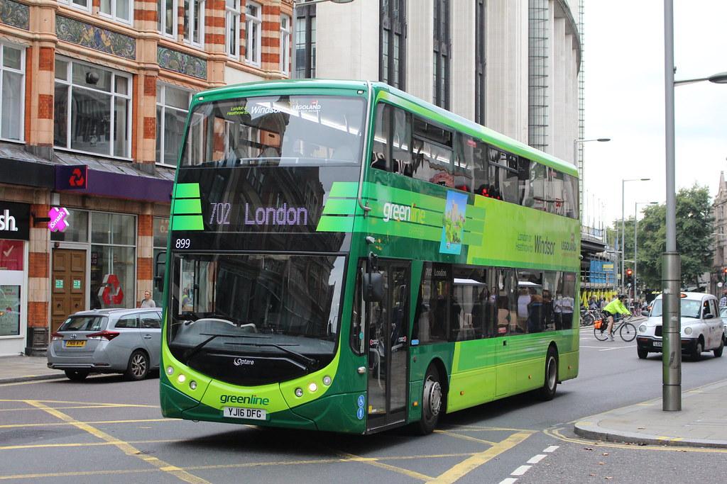Reading Buses 899 on Route 702, Kensington High Street | Flickr