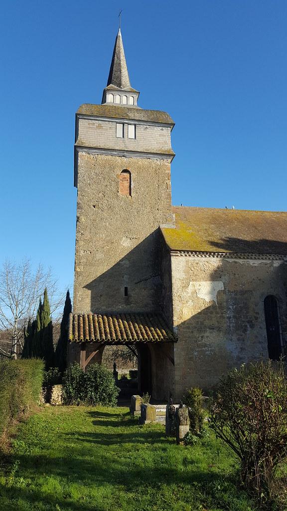 Ce n'est pas le monument le plus connu de ce village. Église de Termes d'Armagnac. Gers