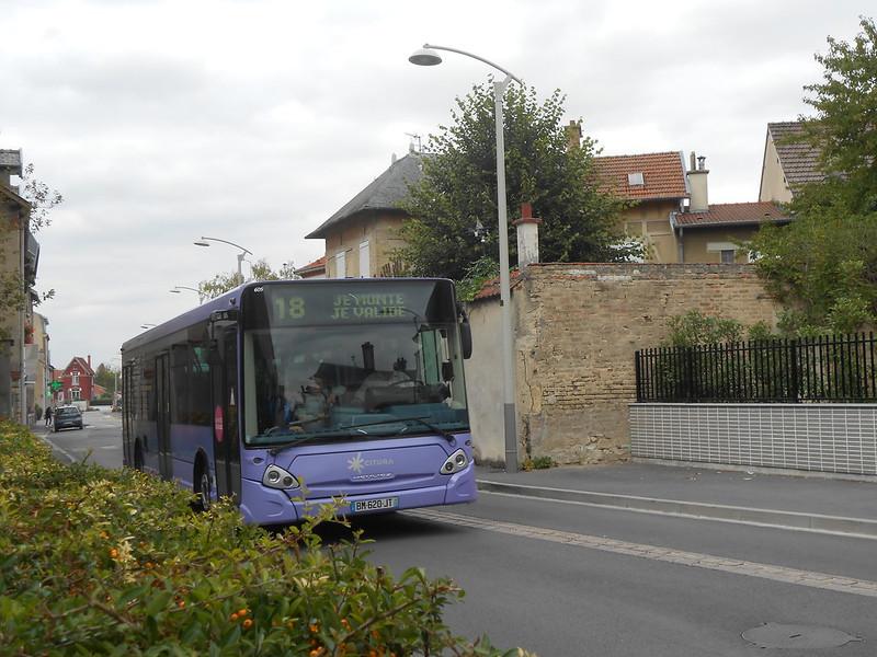Reims bus 44524488632_5638db1f96_c
