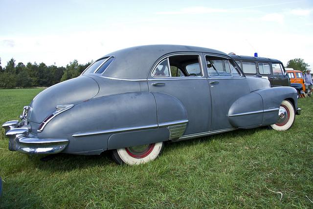 Cadillac Touring Sedan 1946 (8676)
