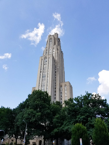 Cathedral of Learning   by grongar