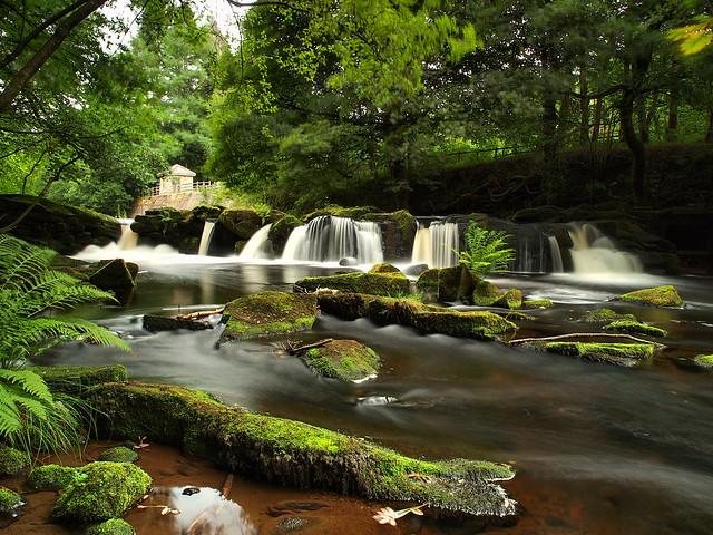 Waterfalls on the river Derwent