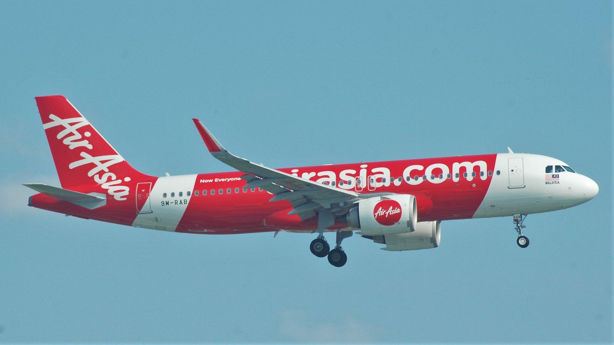 AirAsia Airbus 320-251N 9M-RAB