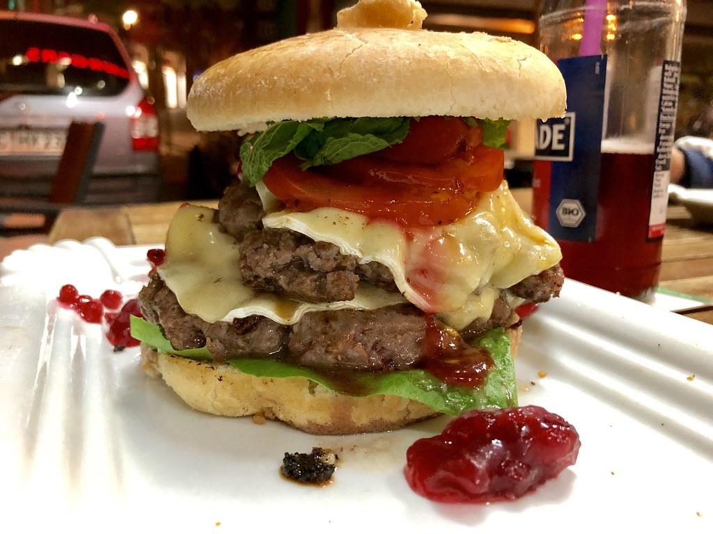 brand new e5102 c8dc4 A damn tasty #burger in #Aachen #food #foodporn | Detlev ...