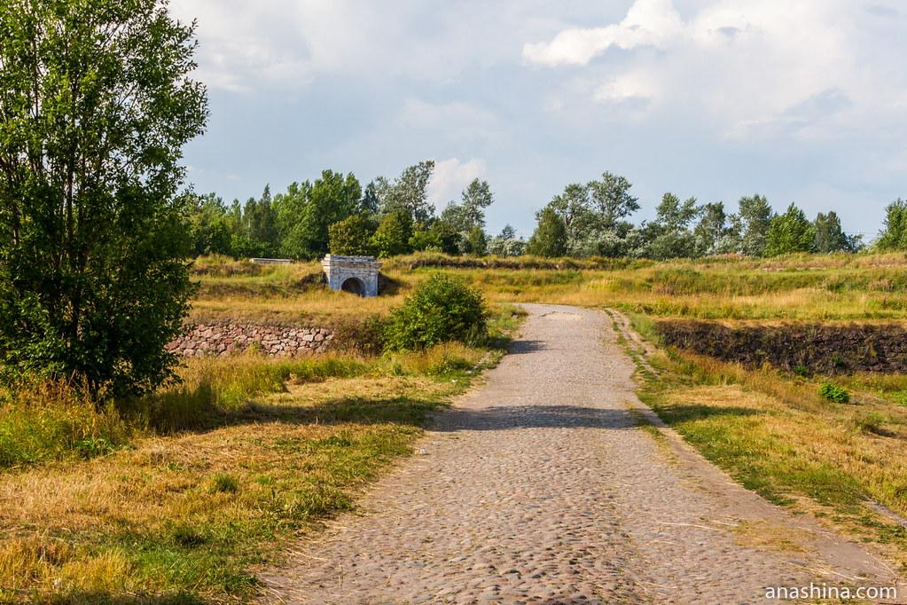 Центральный равелин и внешние Фридрихсгамские (Равелинные) ворота, Анненские укрепления, Выборг