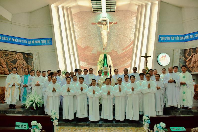 Lễ Truyền Chức Phó Tế - Dòng Thánh Thể 2018