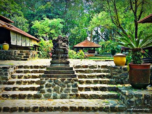 nature environment green landscape architecture sculpture statue localwisdom education ganesha