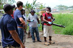 Members of Navy Environmental and Preventive Medicine Unit (NEPMU) 6) train personnel from the Solomon Islands Ministry of Health, Aug. 22. (U.S. Navy/Lt. Ryan Moore)
