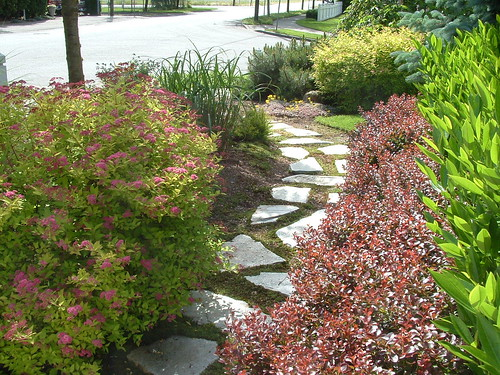 Front garden entry | by nordique