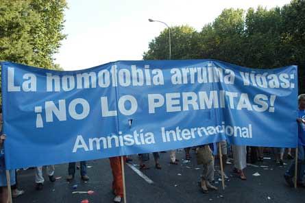 Amnistia internacional contra la homofobia