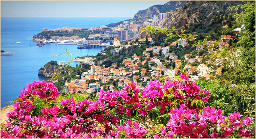 claudelina france alpesmaritimes provencealpescôtedazur monaco paysage landscape architecture roquebrunecapmartin mer sea méditerranée bougainvillées fleurs flowers
