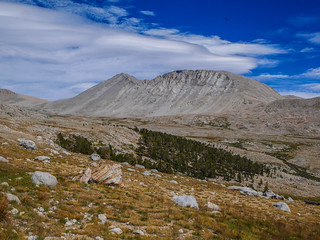 Upper Tyndall Creek and Rockwell Pass from the JMT | by snackronym