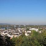Blick auf Königswinter mit Bonn im Hintergrund