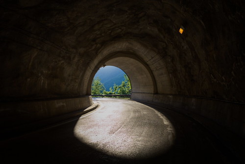 Tunnel | by Strocchi