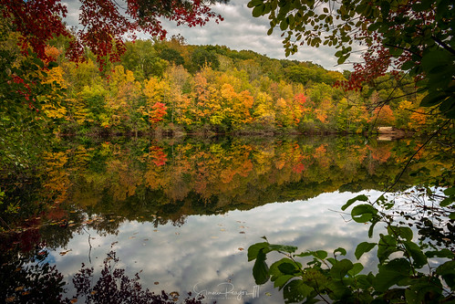 autumn connecticut connecticutphotographer d750 fairfield fall fallcolor lake lakemohegan landscapephotographer millriver naturephotographer newengland nikon northeast river digital reflectioninwater water waterfall
