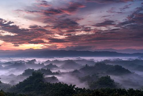 a7iii a7m3 sony 雲 天際線 山 低海拔 雲海 白堊地形 火燒雲 日出 台南市左鎮區 台灣