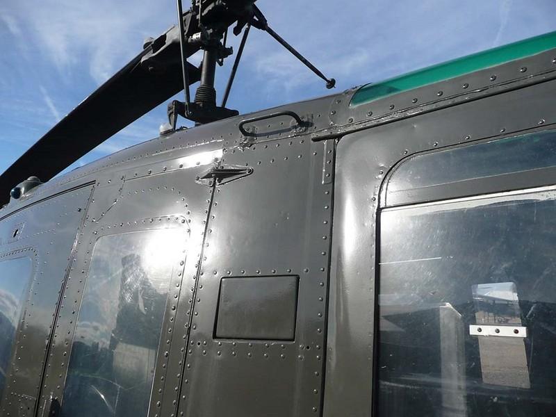 Bell UH-1D Huey 6