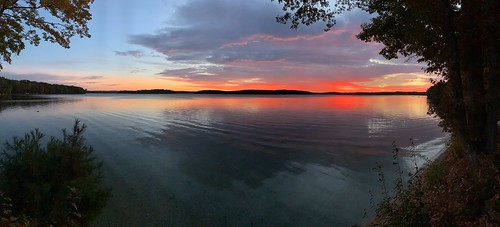 longlake grandtraverseco pano no edits sunrise iphone