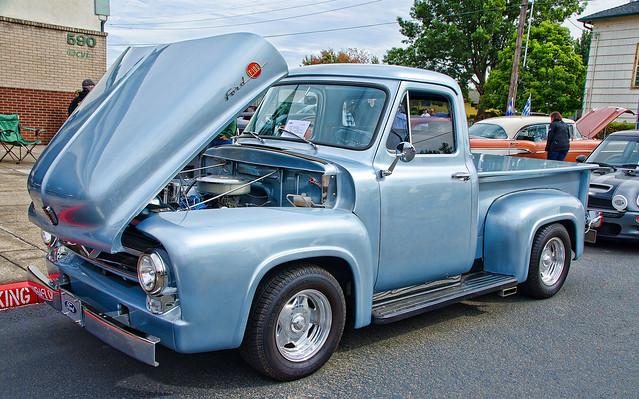 53 Ford  F100Pickup