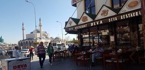 city konya streetcorner moschee