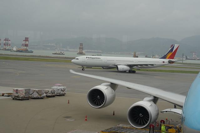 Phillipine A330-300 HKG 6-14-17