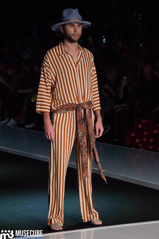 mercedes_benz_fashion_week_goga_nikabadze_010