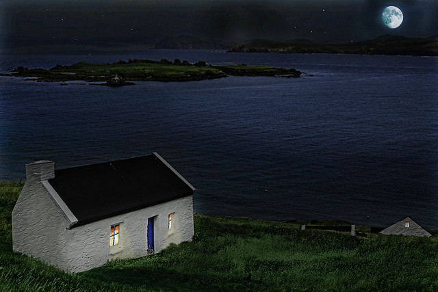 the island kings house at night