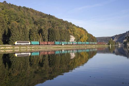 1324 . Bouvignes-sur-Meuse . 06.10.18.