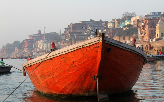 varanasi red boat