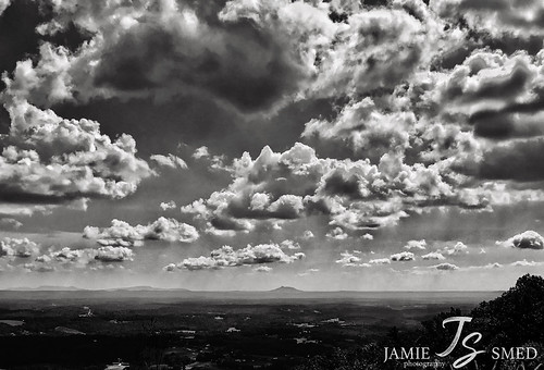 jamiesmed virginia bw blackwhite blackandwhite october sky clouds iphone7plus shotoniphone vsco autumn 2018 landscape