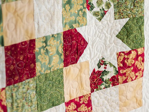 Craftsy quilt kit close up | by Lindsay Sews {@CraftBuds}