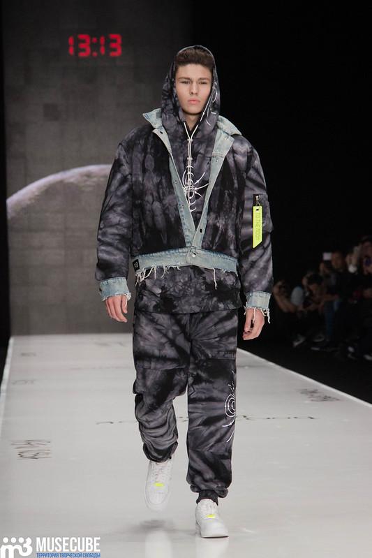 mercedes_benz_fashion_week_black_star_wear_002