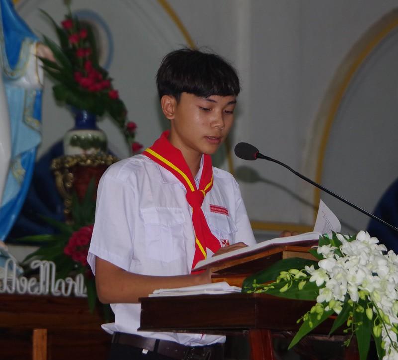 Lễ ra mắt TNTT xứ  đoàn Đa Minh Tân Phong, QB (12)