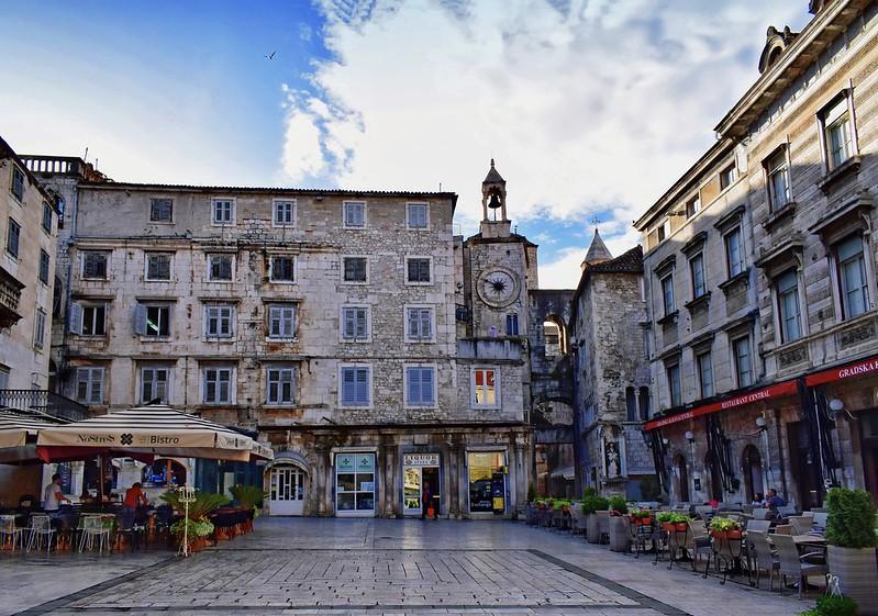 Dining Alfresco in Split