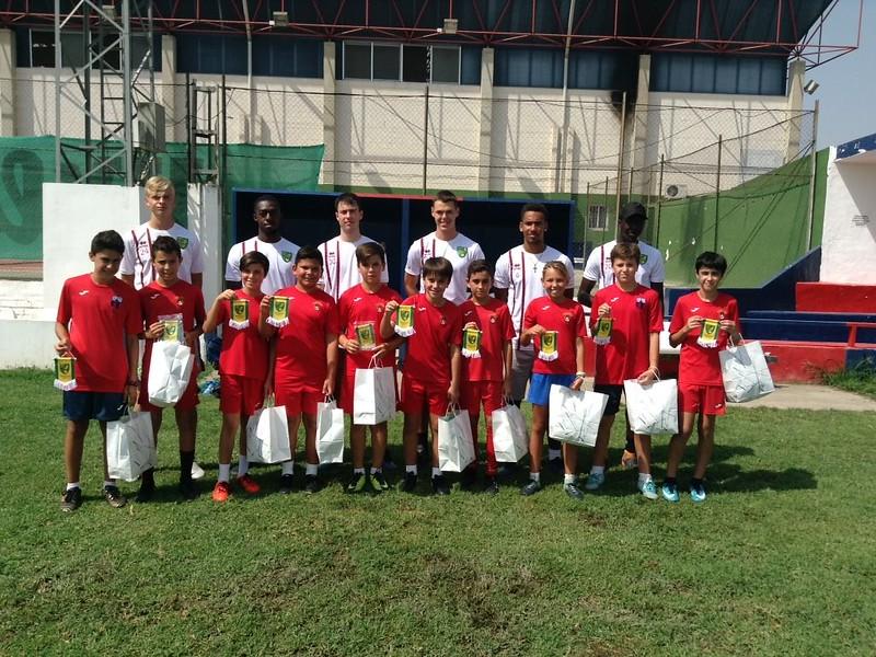 Norwich City apprentice with Puebla CF U12s